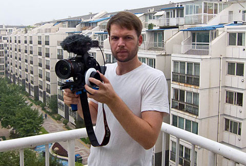 Photojournalist Matthew Niederhauser from Dan Chung's website, DSLR Newsshooter.